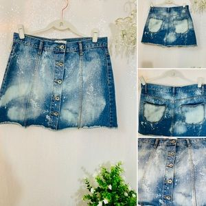 🔥🔥Cute‼️Jean Distressed Button Up cut off skirt